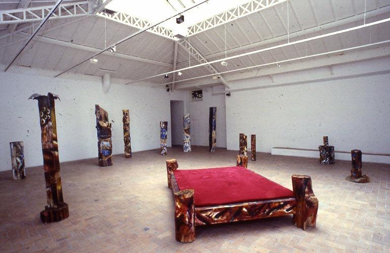 Velours bois peints, bronze et plomb, Galerie Eric Fabre, Paris.